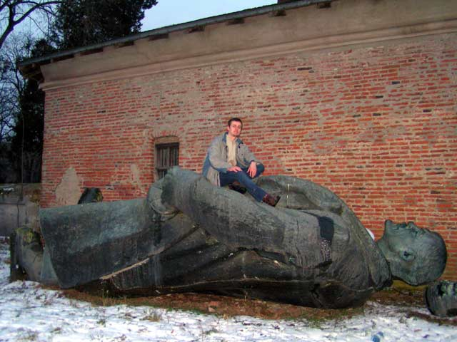 2006 01 14 08 in Lenin am Boden